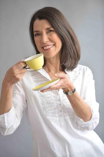 The Tea Book – A @DKCanada Book Review & Interview with author Linda Gaylard