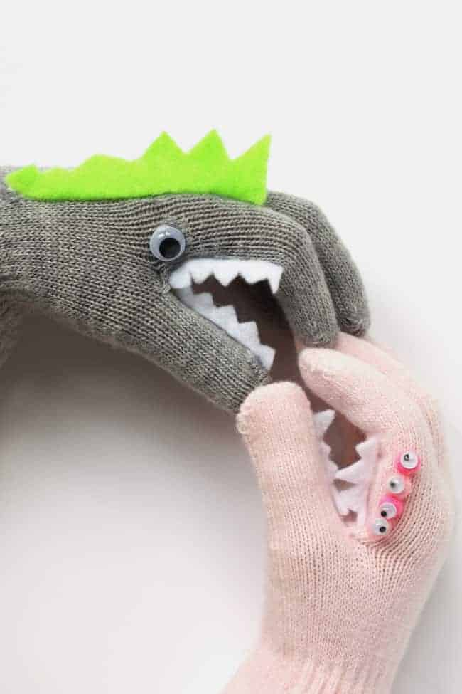 20 Fabulous Glove And Mittens Crafts To Make